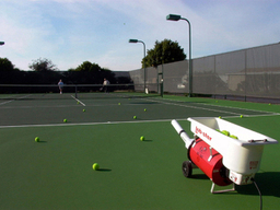 Tennis_courts_with_ball_machine_002_1